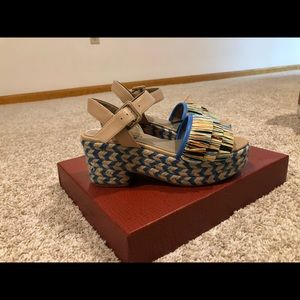 Donald Pliner Lyna wedge new in box
